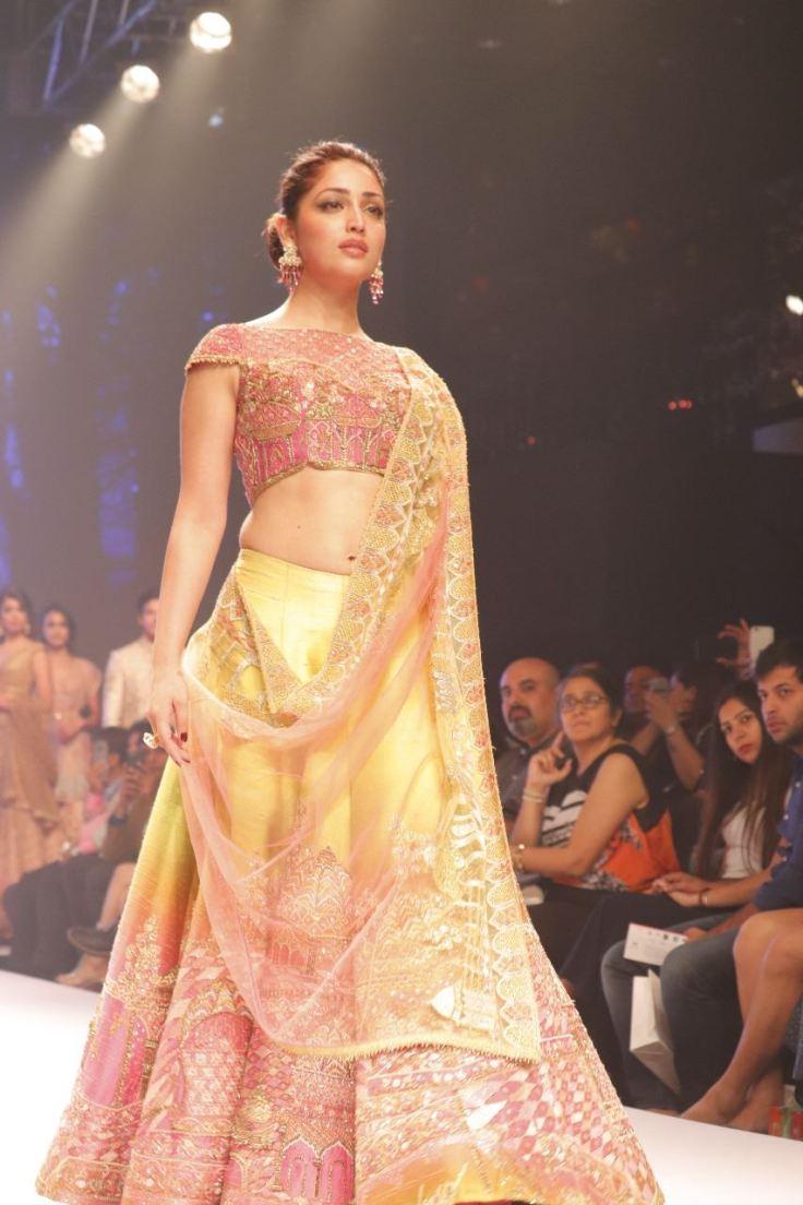 Yami Gautam at Delhi Times Fashion Week 2018